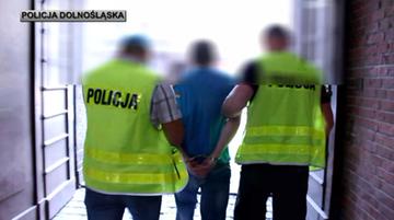 """11-07-2017 11:18 Wyłudzili 200 tys. zł metodą """"na policjanta"""". Oszukali 77-letnią kobietę"""