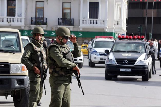 Tunezja: dziewięciu dżihadystów zabito tuż przed marszem