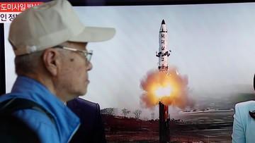 """15-05-2017 05:12 Pocisk wystrzelony przez Koreę Płn. w niedzielę to rakieta nowego typu. """"Z łatwością dosięga USA"""""""