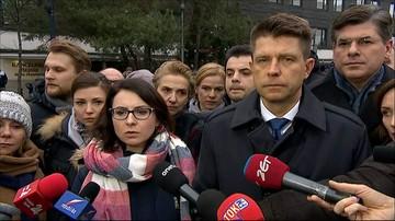 """17-12-2016 10:02 Opozycja składa zawiadomienia do prokuratury. """"Mogą być niezbędne wcześniejsze wybory"""""""