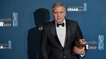25-02-2017 06:19 George Clooney krytykuje Trumpa. Polityka na gali Cezarów