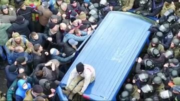 Szturm policji na miasteczko namiotowe Saakaszwilego. Funkcjonariusze użyli gazu łzawiącego