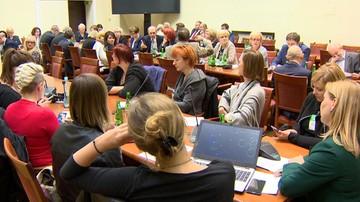 """04-11-2016 05:45 Kilkanaście poprawek do projektu """"Za życiem"""" z poparciem komisji"""