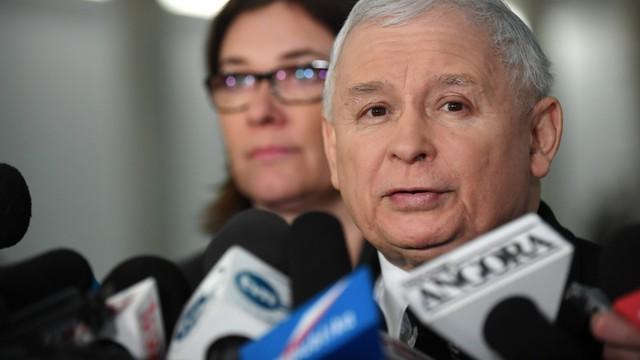 Kaczyński uspokaja: Prezydent Warszawy nie jest ofiarą polityczną PiS