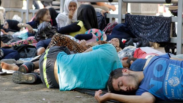 Szwecja: Rząd: zwiększymy wydatki na integrację uchodźców