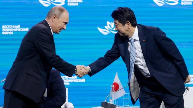 Historyczny przełom. Japonia podpisze traktat pokojowy z Rosją