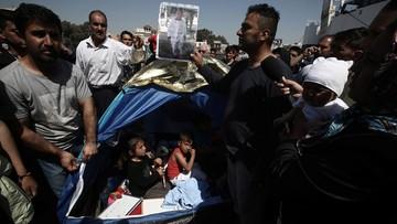 07-04-2016 12:53 Greckie władze stawiają ultimatum migrantom w Pireusie. Mówią o użyciu siły