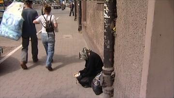 10-01-2016 09:28 Psycholog społeczny: Polacy wolą pomagać doraźnie niż systematycznie