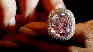 Niesamowity diament na aukcji. Może paść rekord
