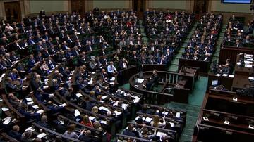 23-12-2015 00:25 Sejm uchwalił nowelizację ustawy o TK autorstwa PiS