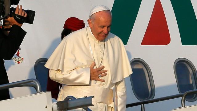 Papież Franciszek przybył do Azerbejdżanu