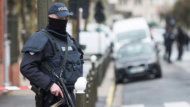 Holandia: aresztowano podejrzanego o szykowanie zamachu we Francji