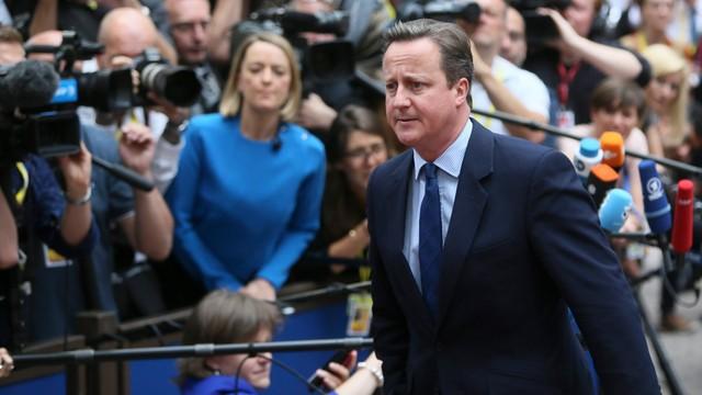 Rozpoczął się szczyt UE; David Cameron mówi o bliskich więzach z 27