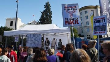 22-09-2016 12:51 Dwa obywatelskie projekty ws. aborcji. Dziś zajmą się nimi posłowie