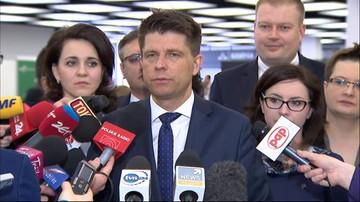 """15-04-2016 12:15 """"Światełko w tunelu zgasło"""". Petru o szansach na porozumienie z rządem"""