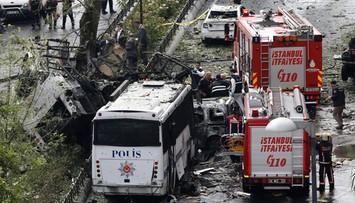 07-06-2016 11:36 Zamach bombowy w centrum Stambułu
