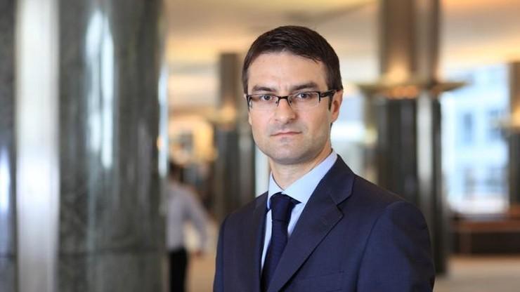 """""""Próba obalenia rządu skoordynowana z dziennikarzami i posłami do PE"""" Eurodeputowany PiS na twitterze"""