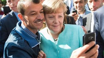 25-10-2015 12:29 Chadecy Angeli Merkel nadal tracą poparcie. Winny kryzys migracyjny