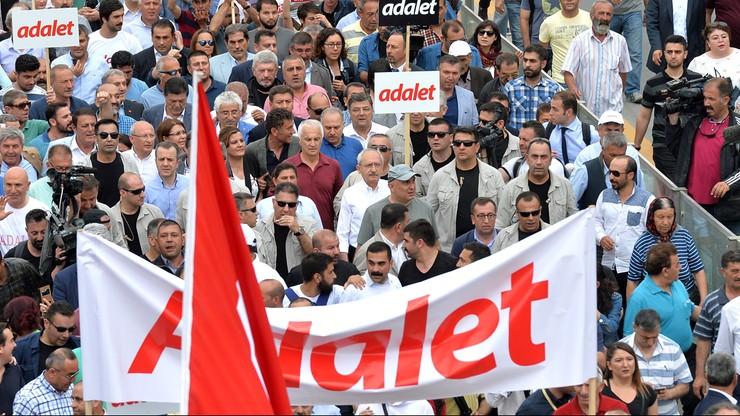 Turecki sąd skazał sędziego trybunału ONZ na 7,5 roku więzienia