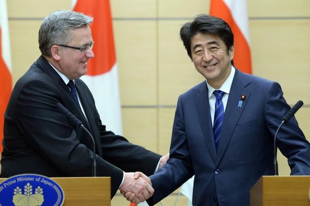 Wszystko wina PiS: rzeczniczka Komorowskiego broni wizyty w Japonii
