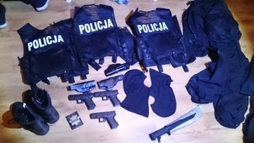 05-10-2016 08:12 Podszywali się pod policjantów CBŚ – zostali zatrzymani przez CBŚP