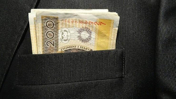 Alimentacyjny dłużnik - rekordzista winien jest ponad 723 tys. zł