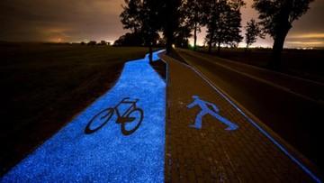 Ścieżka rowerowa, która świeci w nocy. Otwarto ją w Polsce
