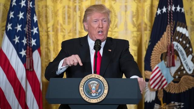Trump: wiele przecieków z Białego Domu to fake news