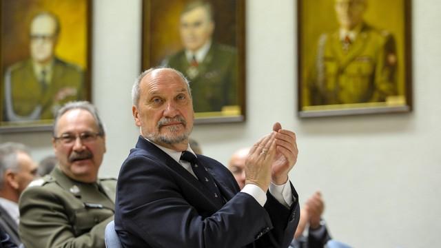 MON: w całej Polsce powstaną Kolumny Niepodległości