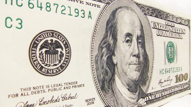 Dolar kosztuje ponad 4 zł. Psychologiczna bariera przekroczona