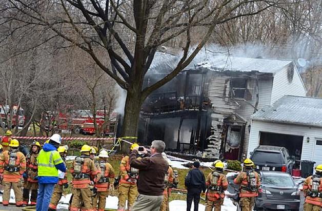 USA: samolot spadł na dom - są ofiary