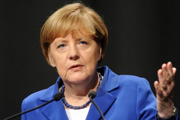 Merkel potępiła atak w Paryżu jako odrażający