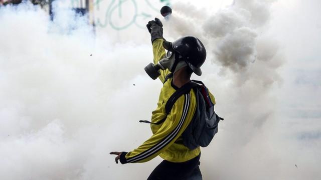 Wenezuela: w Caracas rośnie napięcie; 12 śmiertelnych ofiar zajść