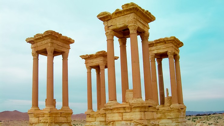Dżihadyści wysadzili najsłynniejszy zabytek Palmiry