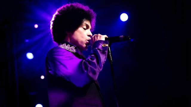 Policja sprawdza, czy Prince nie umarł od przedawkowania leków