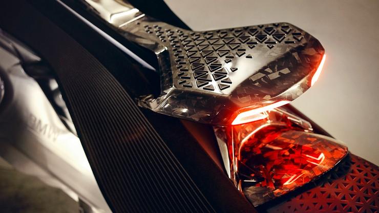 Motocykl, który się nie przewraca - BMW Motorrad VISION NEXT 100
