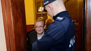 02-12-2016 13:10 Prokuratura złoży zażalenie na odmowę aresztowania Piniora
