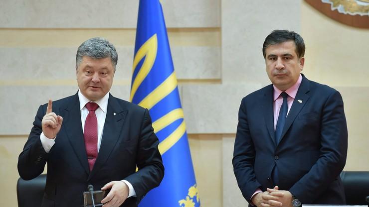 """""""Nawet po ludzku zwolnić mnie nie mogą"""". Ukraiński rząd zatwierdził dymisję Saakaszwilego"""