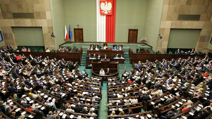 Kiedy pierwsze posiedzenie Sejmu i dymisja rządu Kopacz? Kancelaria prezydenta: nie ma decyzji