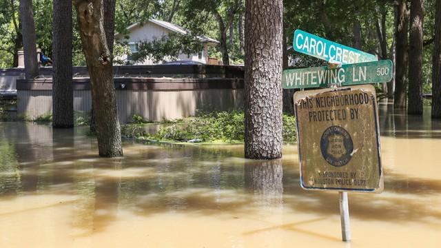 USA: 7 tysięcy domów zniszczonych wskutek huraganu Harvey i powodzi