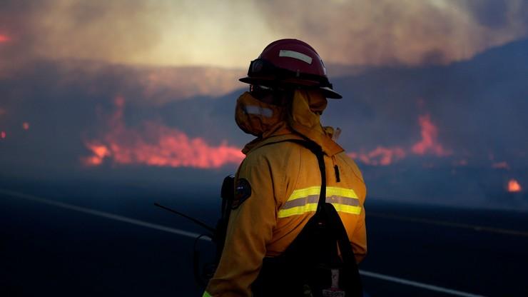 Kalifornia w ogniu. Ponad 82 tysiące osób z nakazem ewakuacji