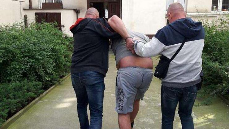 Pirat drogowy nie stawił się w więzieniu i dalej łamał przepisy. Został zatrzymany w centrum Poznania
