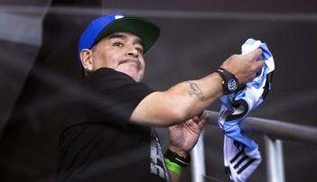 2017-02-13 Maradona będzie wspierać Napoli na Santiago Bernabeu