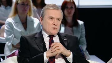 31-05-2017 22:46 Gliński o finansowaniu mediów publicznych: to jest opłata taka sama jak na Filharmonię Narodową, na Stadion Narodowy