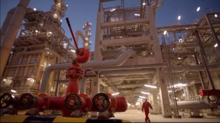 """Ropa coraz tańsza. """"Widmo bankructwa"""" dla firm naftowych z USA"""
