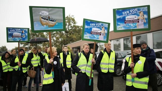 Niemcy: strajk personelu pokładowego tanich linii lotniczych Lufthansy