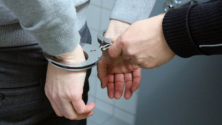 Uciekł z przesłuchania w prokuraturze. Pilnowało go dwóch policjantów