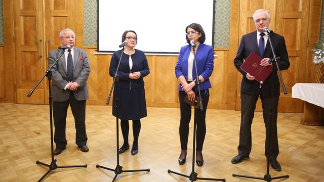 Zalewska: Rozpoczynamy naukę podstaw programowania w polskich szkołach