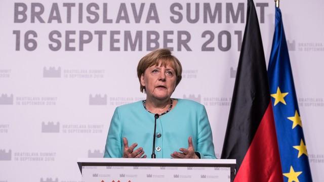 Merkel: Propozycja V4 ws. kryzysu migracyjnego - interesująca