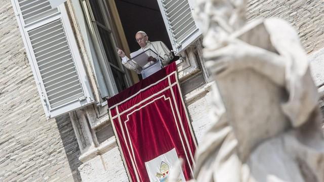 Papież: potrzebne uczynki miłosierdzia, a nie słowa rzucane na wiatr